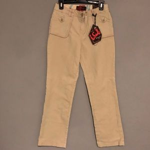 IQ Branded Jeans Beige Size 9 Straight Pockets NWT